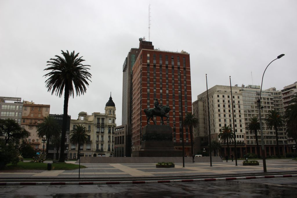 5 lugares para conocer en Montevideo Uruguay