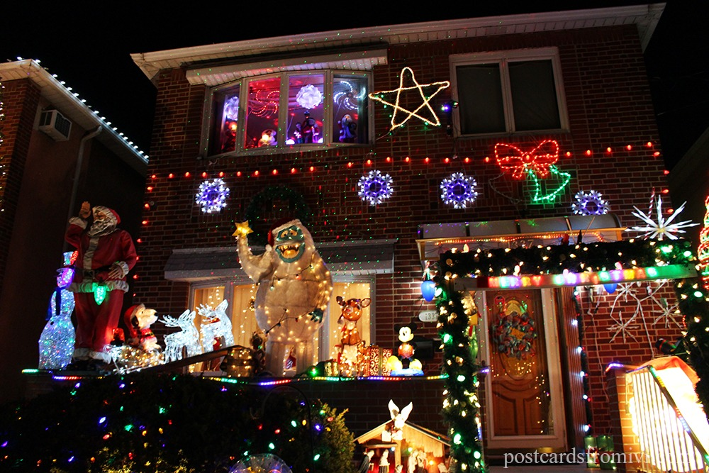 dyker heights christmas lights tour in new york